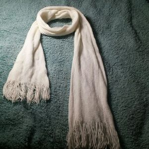 CREAM COLORED SCARF